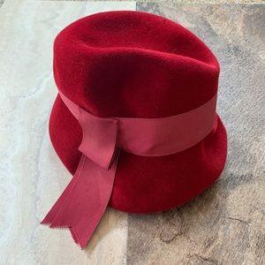 Vintage 1920's clothe Velvet hat